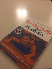 Eerste hulp aan kinderen lesboek